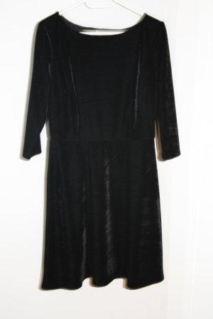 Kleid, in Schwarz