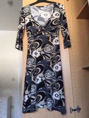 Kleid in Weiß/Beige/Grau/Schwarz von Vila