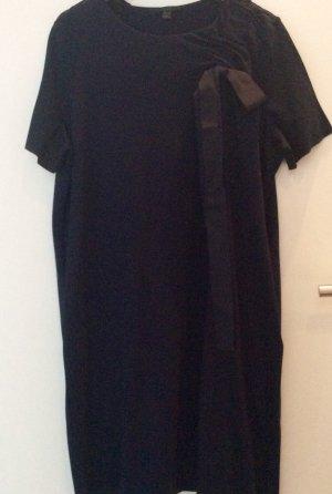 Kleid in weiter A-Form mit Schleife von Cos