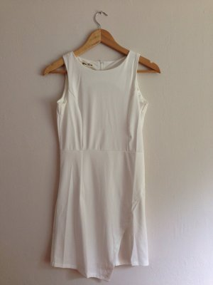 Kleid in Wickeloptik weiß