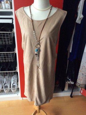 Kleid in Wildlederoptik beige in 52