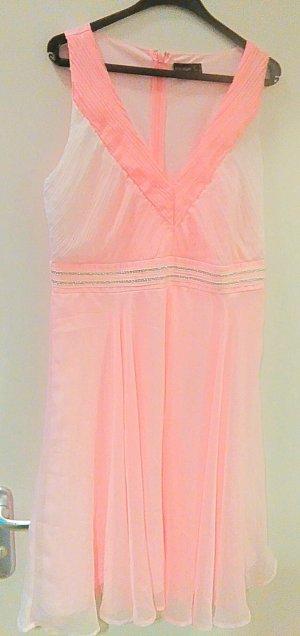 Kleid in zarter rosa Farbe