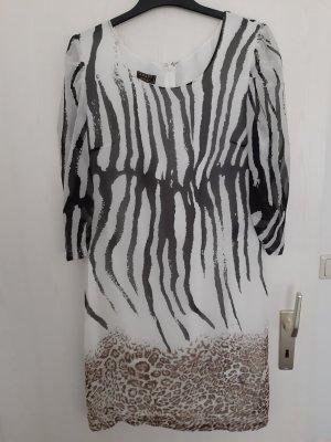 Kleid in zebra und leoprint Muster