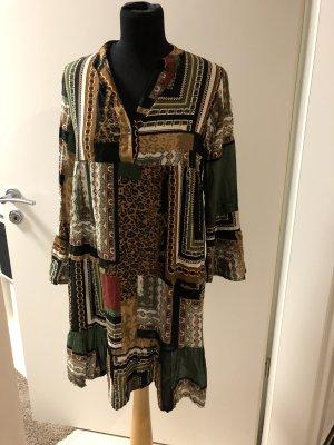 Vestido tipo blusón multicolor