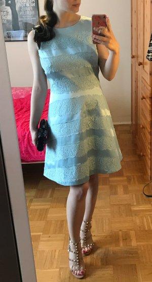 Kleid Karen Millen hellblau Gr. 40 42 M L Spitze Etuikleid festlich NEU Etikett