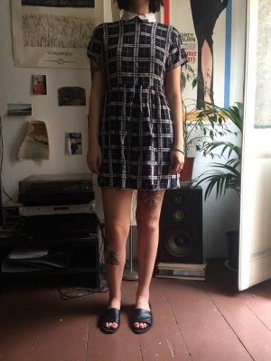 Kleid kariert Kragen