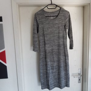 Kleid langärmelig grau