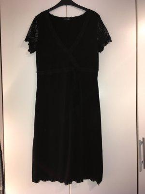 Kleid Laura Scott Evening 42
