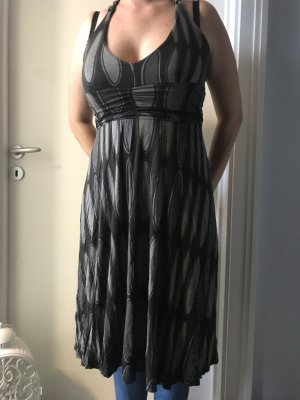 Kleid Laura Scott Gr.38