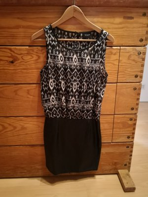 Kleid Leder Inka Muster
