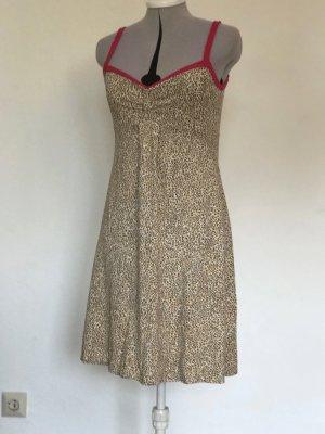 #Kleid, Leopardenmuster