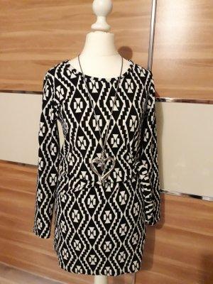 Kleid/ Longpullover aus Paris