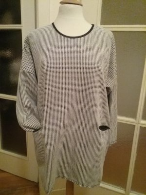 Kleid / Longshirt mit Tweetmuster und dreiviertel Ärmeln