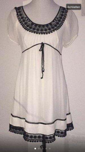 Kleid Marke Hallbuber
