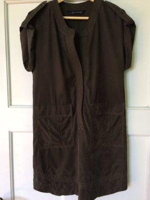 Kleid Military-Stil Zara