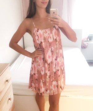 Kleid Missguided rosa Blümchen Sommerkleid Urlaub S 36