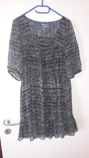 Kleid mit Ärmel und Muster von s'Oliver