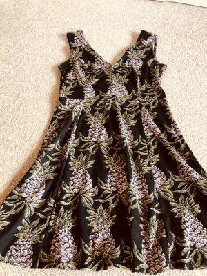 Kleid mit Ananas