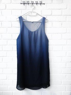 Kleid mit Blauem Farbverlauf