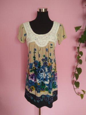 Kleid mit Blumenmuster für Herbst/Winter (K1)