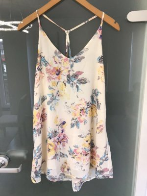 Kleid mit Blumenmuster und V-Ausschnitt