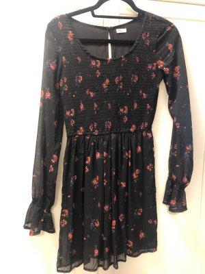 Kleid mit Blumenmuster von Hollister