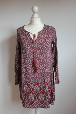 Kleid mit Bohomuster und Quasten Glamorous dunkelrot