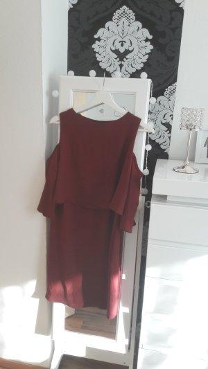 Kleid mit Cut - Out