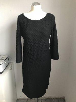 Kleid mit Dreiviertelärmeln Größe M