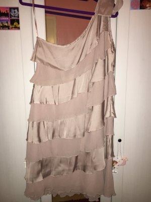 Kleid mit einem Träger