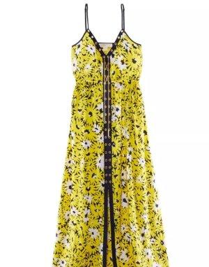 Kleid mit frischem floralem Dessin sommerlicher und luftig schön