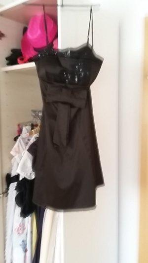 Kleid mit Glitzerschleife
