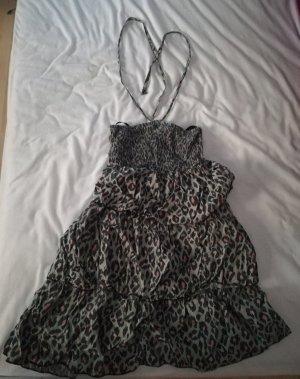 Kleid mit grauem Leoprint