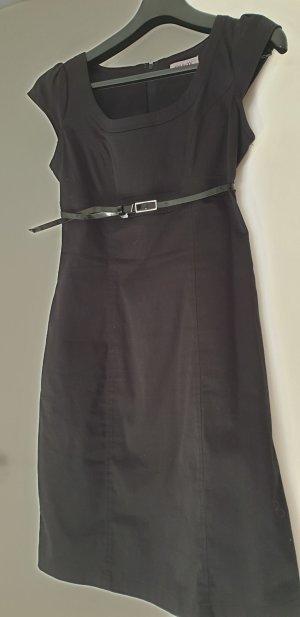 Kleid mit Gürtel, Gr. 34 von Orsay
