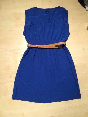 Kleid mit Gürtel von Mango
