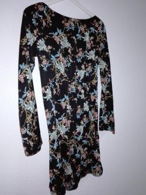 Kleid mit Kirschblüten