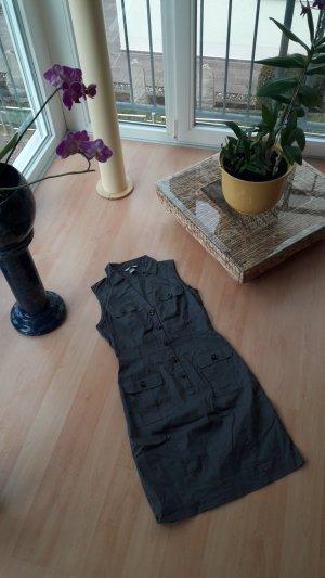 Kleid mit Knöpfleiste