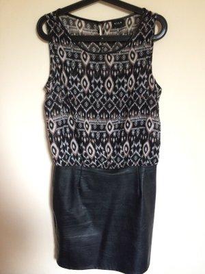 Kleid mit Kunstlederrock