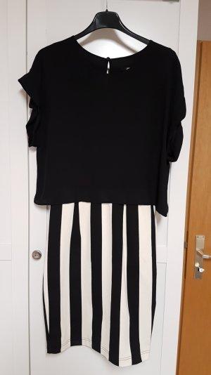 Kleid mit kurzem Oberteil