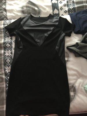 Kleid mit Lederimitat