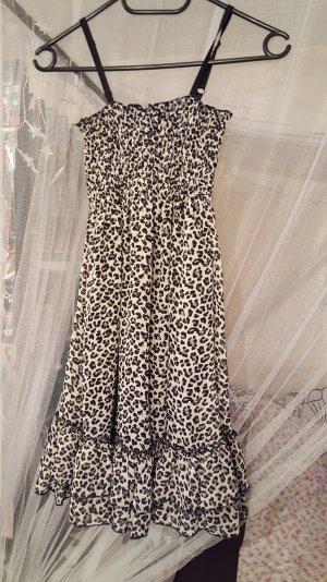 Kleid mit Leopardenmuster von AMISU