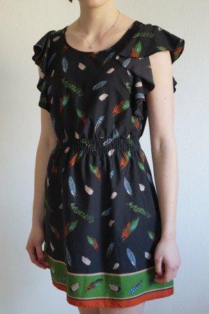 Kleid mit lockeren Ärmeln Federn