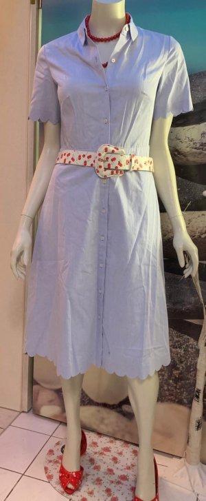 Kleid mit Muschelsäumen