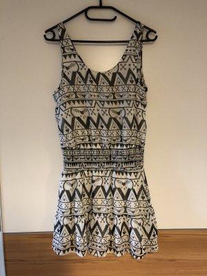 Kleid mit Muster H&M