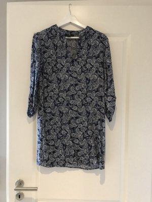 Kleid mit Muster Primark