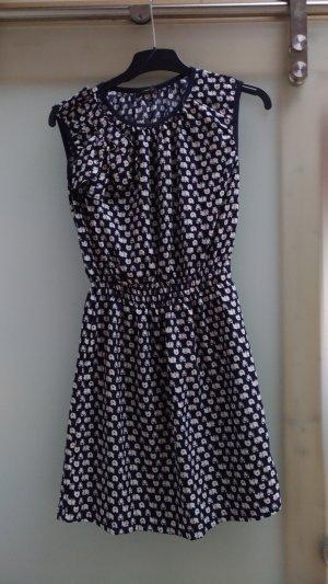 Kleid mit Nilpferdmuster