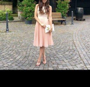 Kleid mit plissiertem Rock abiball Hochzeit Brautjungfernkleid Blogger