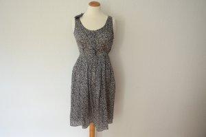 Kleid mit Print aus 100% Seide Rosen Muster Seidenkleid