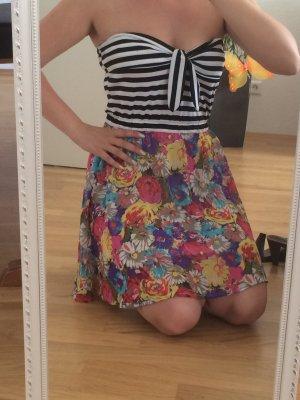 Kleid mit Print schulterfrei