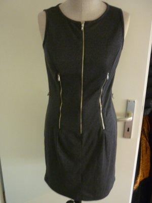 Kleid mit Reisverschluss details